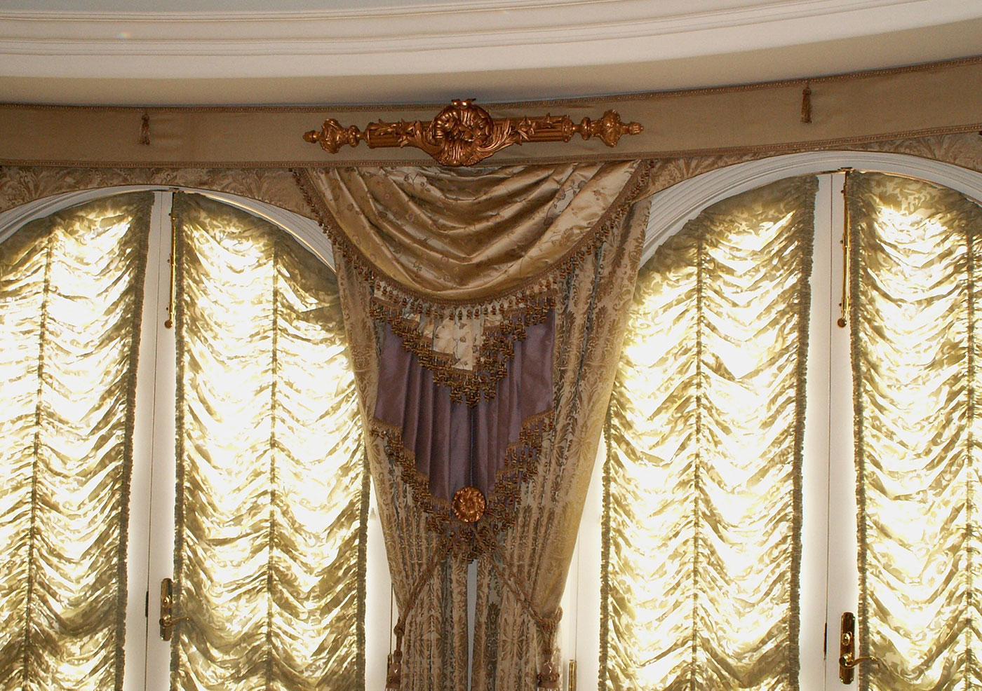 """Baroque-Classical"" style window dressing3"